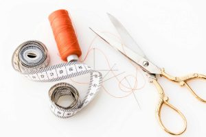 threading at home vs salon